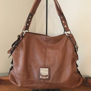 Relic by Fossil shoulder bag